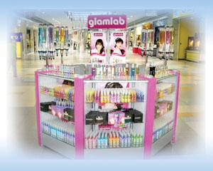 glamlab-octagonal-actual-kiosk